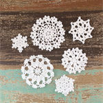 Pack of 6, white crochet  snowflake motive, mixed size, appliqué #4