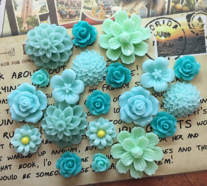 20pcs - Resin Flowers,  Cabochons - Teal