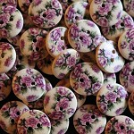 20 Country Rose Wooden Buttons
