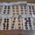 BUTTONS BULK LOT 11 CARDS ASSORTED 88 buttons lot 5