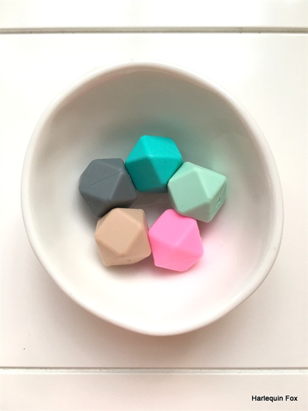 10 x Silicone Hex Beads