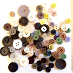 100+ Buttons - Light Colours