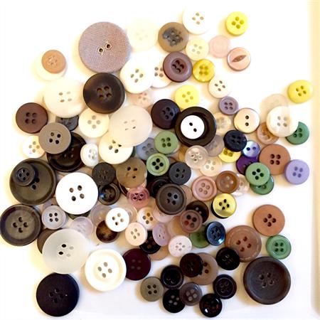 100+ Buttons - Light Colours