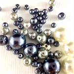100 x glass pearls - white, grey and silver