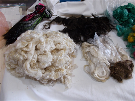 MOHAIR 800-900 gms  - (SUIT DOLL WIG MAKER)