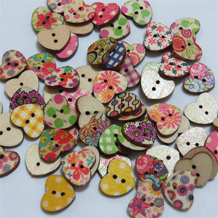 30 Heart Buttons - Assorted Colours
