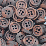 100 wood buttons