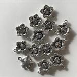 10 Charm Pendants Flower Antique Silver