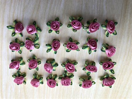 24 ribbon rose flower