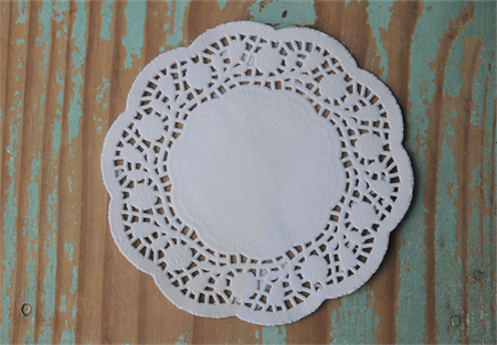 19 Paper Doilies ~ 14cms ~ Great for DIY Projects ~ DIY Parties ~ DIY Projects