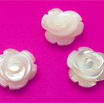 Mother of Pearl Hand Carved Rose Beads - ROS0004N