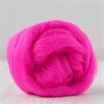 Merino wool tops / roving 19 micron – Shocking - 50 gm