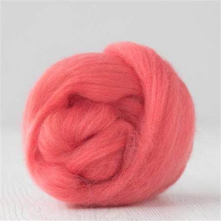 Merino wool tops / roving 19 micron – Coral - 50 gm