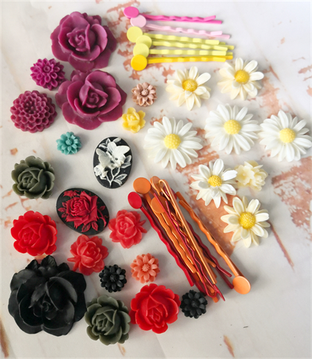 Bright, colourful, fun kit - resin floral flatback cabochon & hairclips ♥