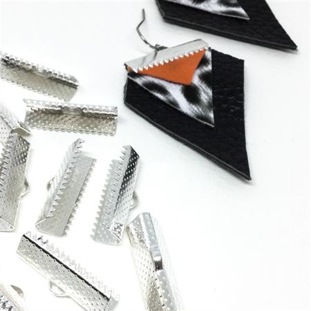 Silver ribbon ends (30prs)