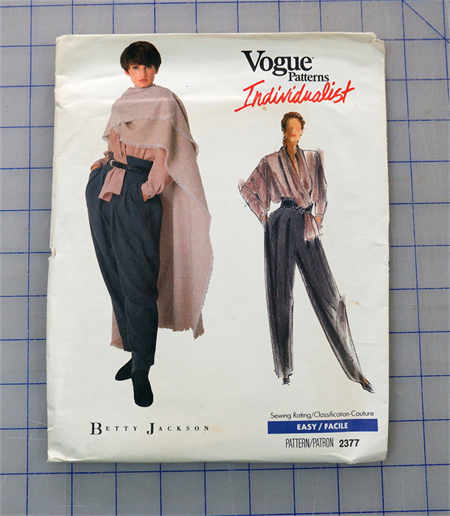 Vogue 2377 uncut pattern. Blouse, pants and poncho pattern. Sizes 12 - 16