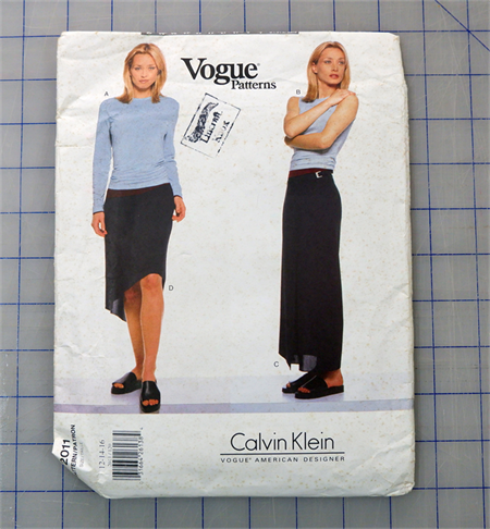 Vogue 2011 uncut pattern. Sizes 12 - 16