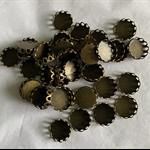 20 Antique Bronze Pendant Trays Settings 12mm.